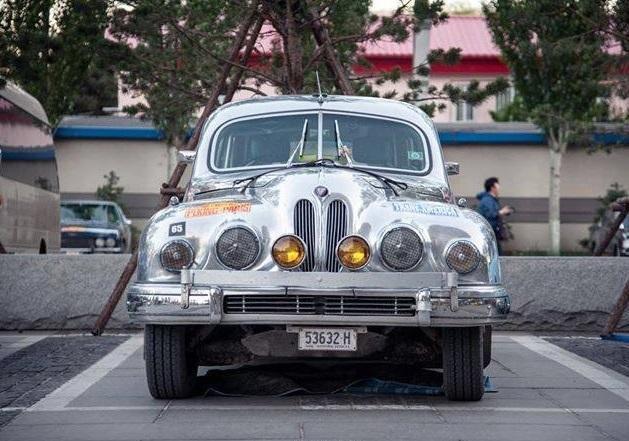 Car-park-Shangri-La-1-Silvia-1