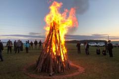 A-warming-bonfire-to-warm-the-rally-participants-spirits