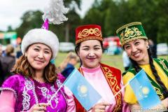 Local-Kazakhstan-beauties